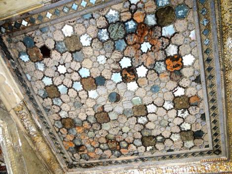 Lahore Fort: Squares in geometric designs